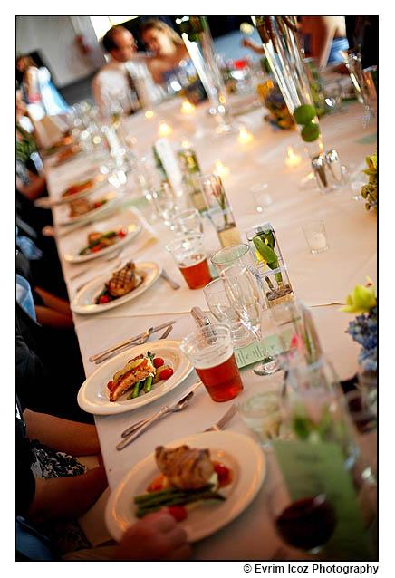 Oregon Golf Club Head table wedding setup