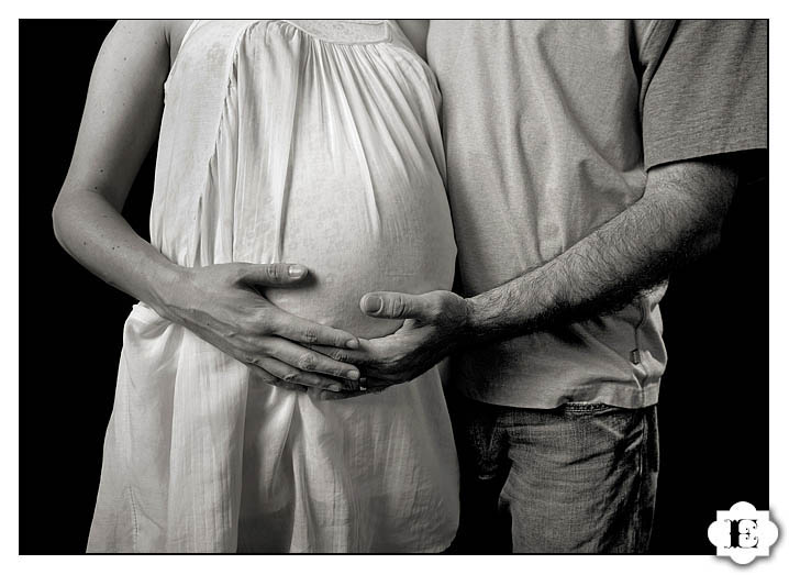 Portland Oregon Maternity and Pregnancy Photography  and Pictures
