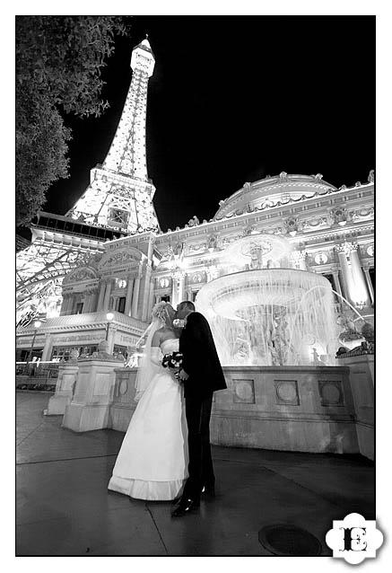 Las Vegas Eiffel Tower Wedding