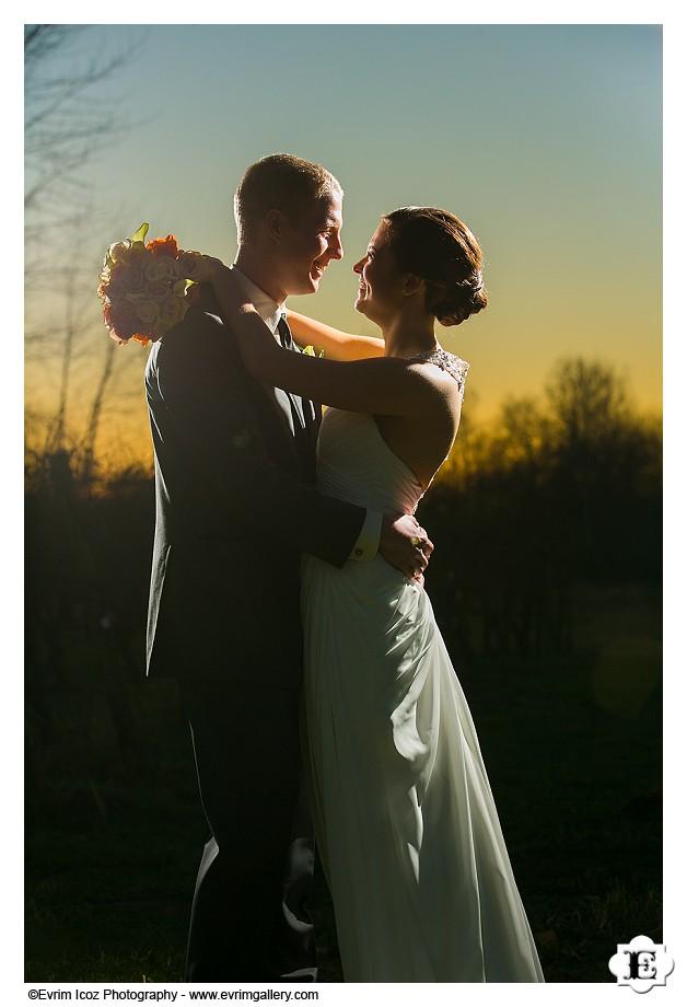 Mcmenamins edgefield attic winter wedding for Affordable wedding photography portland
