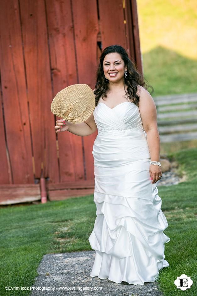 Mt. Hood Bed and Breakfast Rustic Wedding