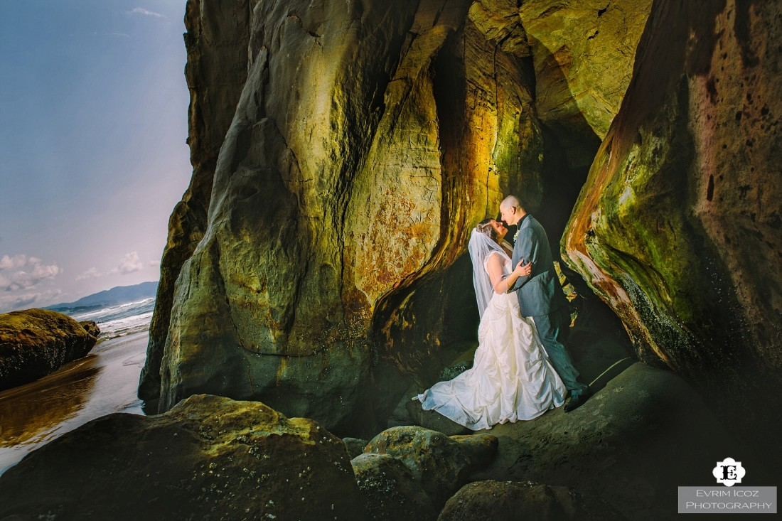 Pacific City Cape Kiwanda Oregon Beach Wedding